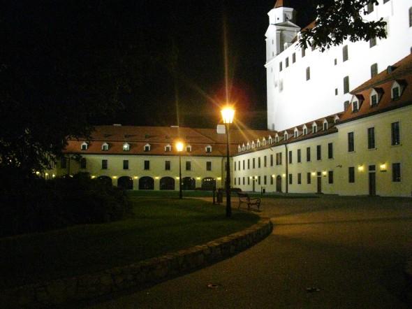 Castello Bratislava di notte